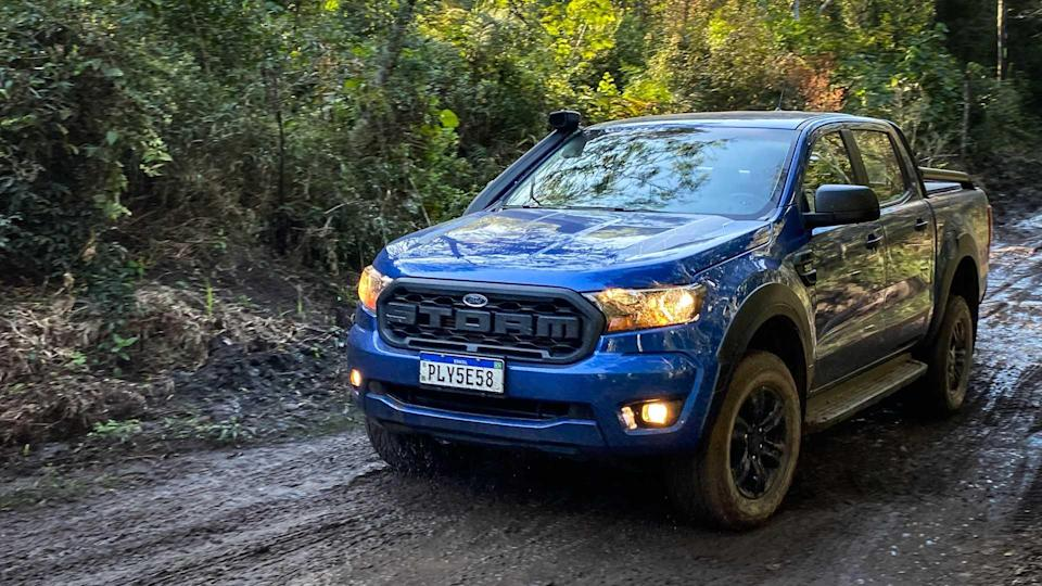 Comparativo: Ford Ranger Storm x Nissan Frontier Attack