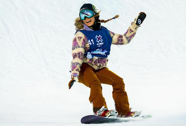 FILE PHOTO: Oslo 20160226. X Games Oslo 2016: Snowboard superpipe women: Winner Chloe Kim from USA in action, February 26, 2016. REUTERS/Vegard Wivestad Grott/NTB Scanpix/File Photo Ê Ê ATTENTION EDITORS - THIS IMAGE WAS PROVIDED BY A THIRD PARTY. NOT FOR SALE FOR MARKETING OR ADVERTISING CAMPAIGNS. THIS PICTURE IS DISTRIBUTED EXACTLY AS RECEIVED BY REUTERS, AS A SERVICE TO CLIENTS. NORWAY OUT. NO COMMERCIAL OR EDITORIAL SALES IN NORWAY. NO COMMERCIAL SALES.