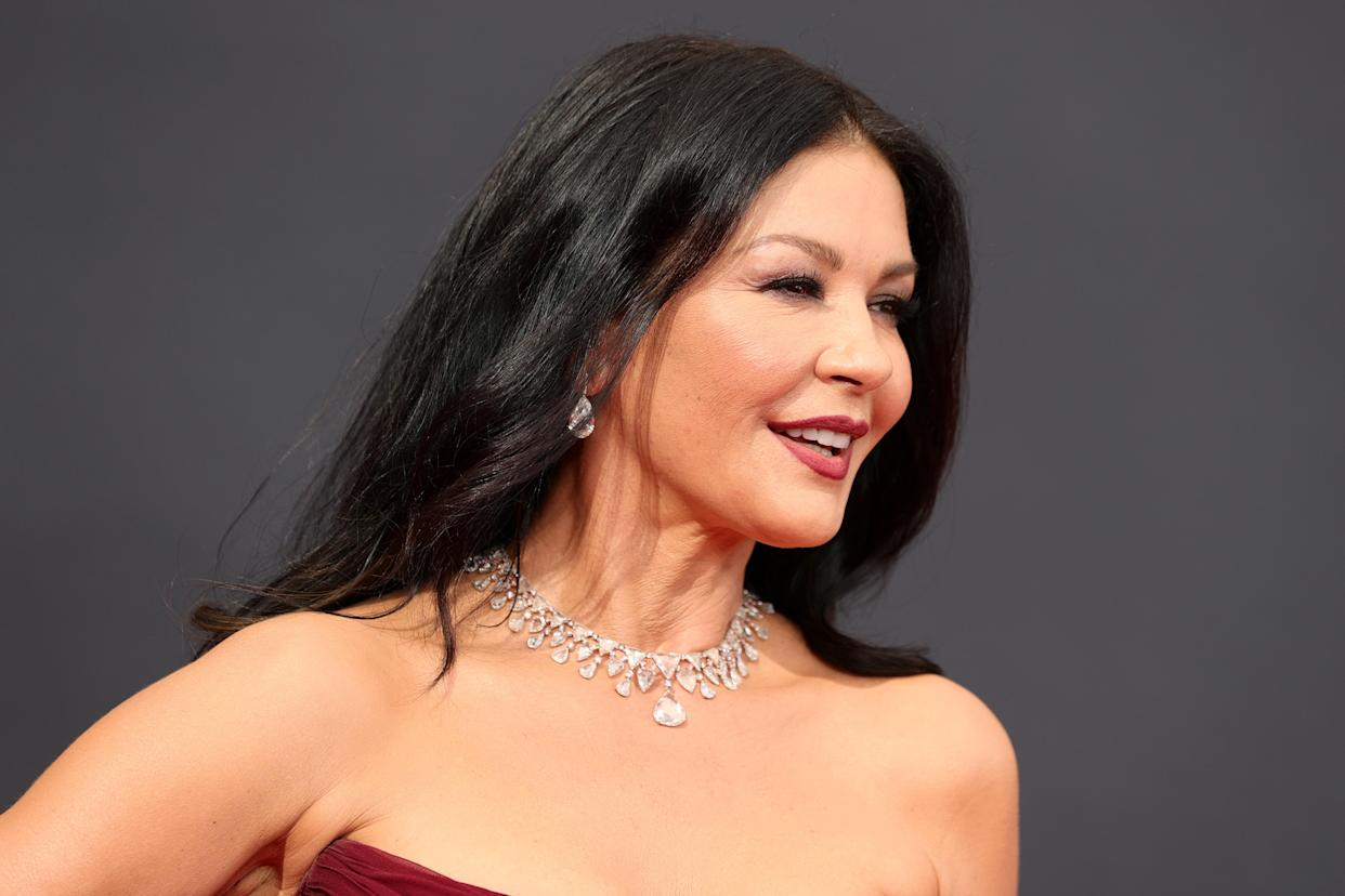 Catherine Zeta-Jones wore a £22 mascara at the 2021 Emmys. (Rich Fury/Getty Images)