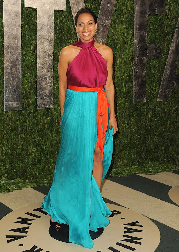 Is the bold color combo Rosario Dawson rocked working for you? We secretly love it.