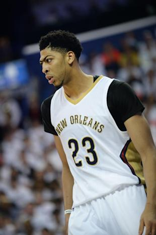 NEW ORLEANS, LA - APRIL 25: Anthony Davis #23 of the New Orleans Pelicans during Game Four of the Western Conference Quarterfinals against the Golden State Warriors during the NBA Playoffs at Smoothie King Center on April 25, 2015 in New Orleans, Louisiana. (Photo by Noah Graham/NBAE via Getty Images)