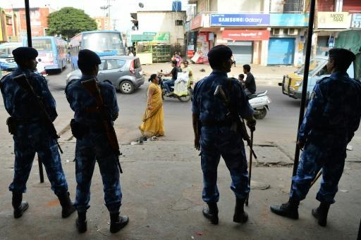 India police gun down escaped Islamist prisoners who slit guard's throat