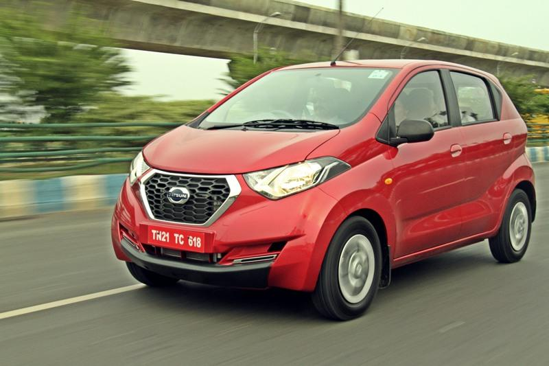 The Redi-Go has a very good ground clearance of 185 mm and that is more than other hatchback in its segment. Starts from Rs 2.8 lakh.