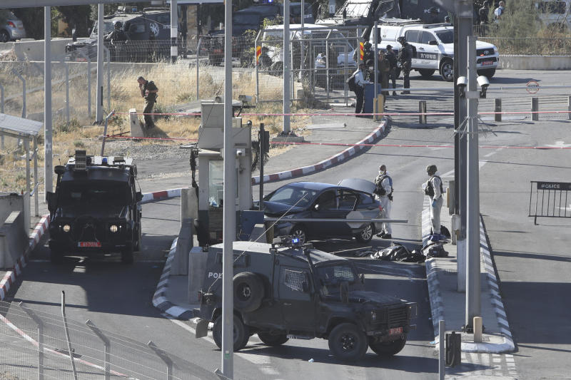 Palestinian driver killed in alleged attack on Israeli guard