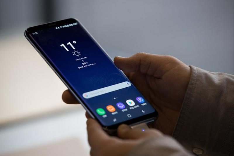 Samsung is introducing the Galaxy S9 in February, and here's what we know