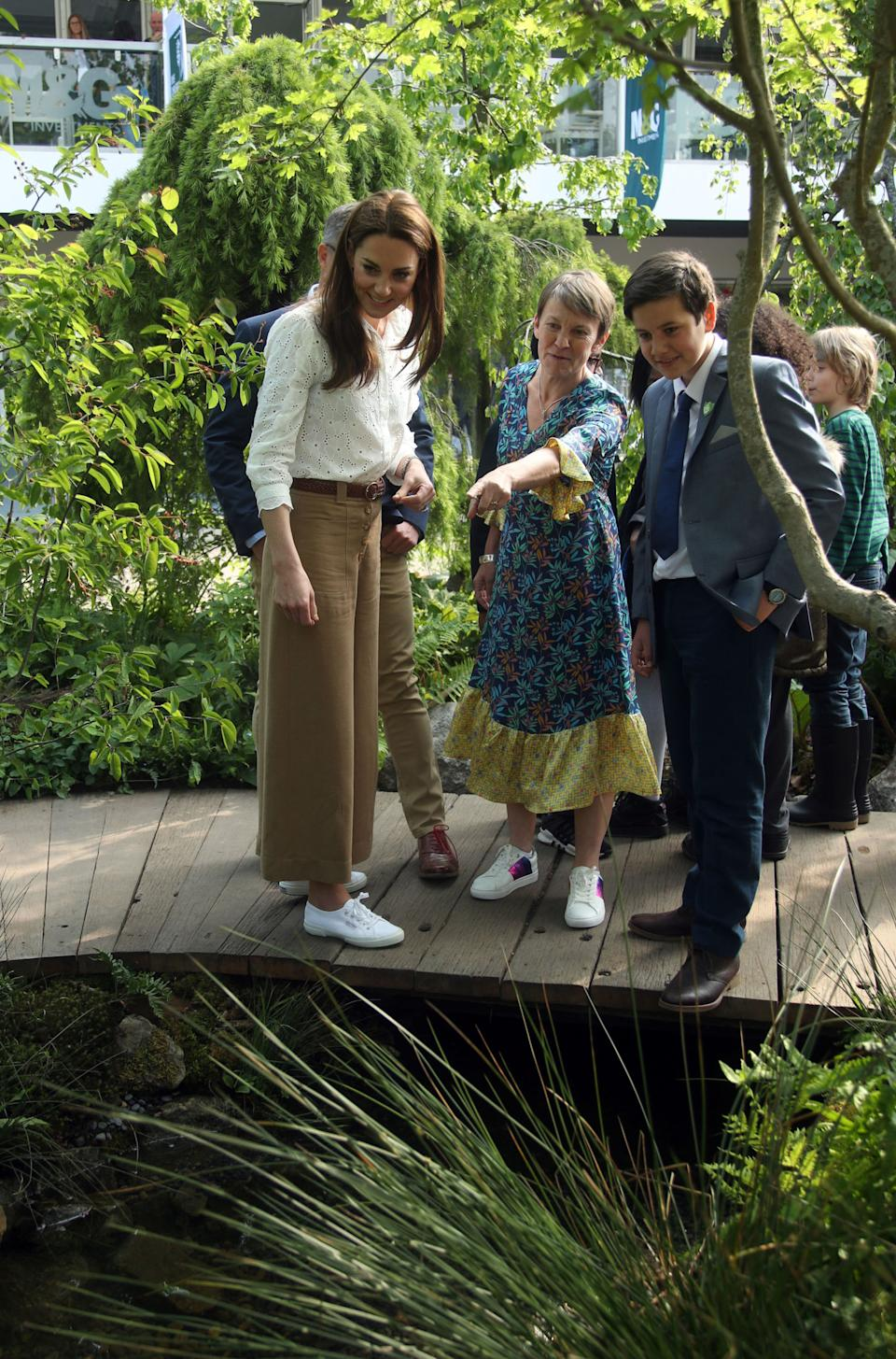 At the Chelsea Flower Show in 2019 Kate sported her crisp canvas Superga trainers once more. (Getty images)