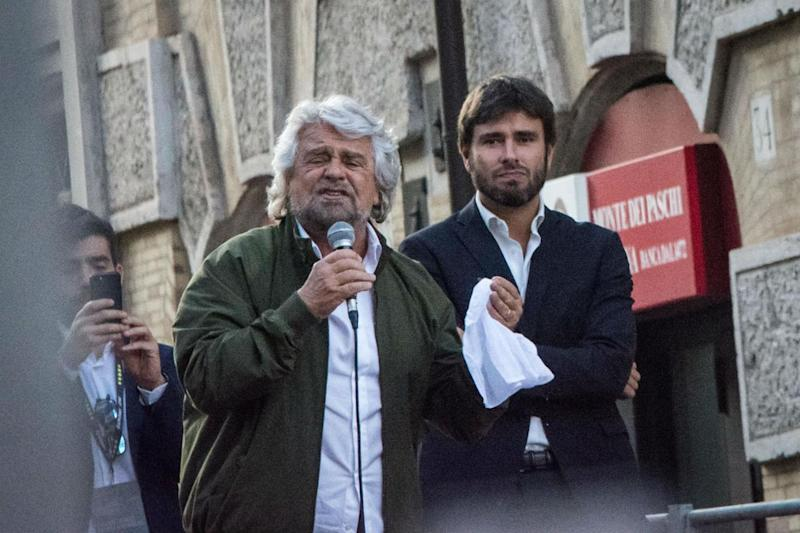 M5S, è scontro Grillo-Di Battista