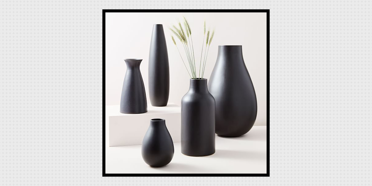 <p>Fact: If your vase isn't chic enough to be used as a centerpiece, you're doing it (and your flowers) wrong. Although there are so many to choose from—after, of course, deciding whether you want glass, ceramic, metal, wood, stone, etc. (I don't make the rules!)—you should never compromise on the #aesthetic when it comes to choosing a home for your plants. To make the search a bit less overwhelming and your home a lot brighter, start with these gorgeous ceramic vases, below. </p>