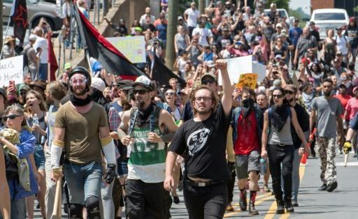 Car rams into crowd as US far-right rally erupts in violence