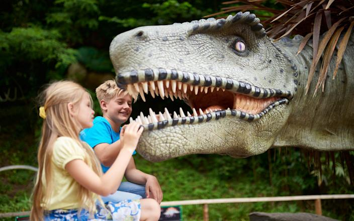 Children will love the dinosaurs on this prehistoric themed trail - Alamy