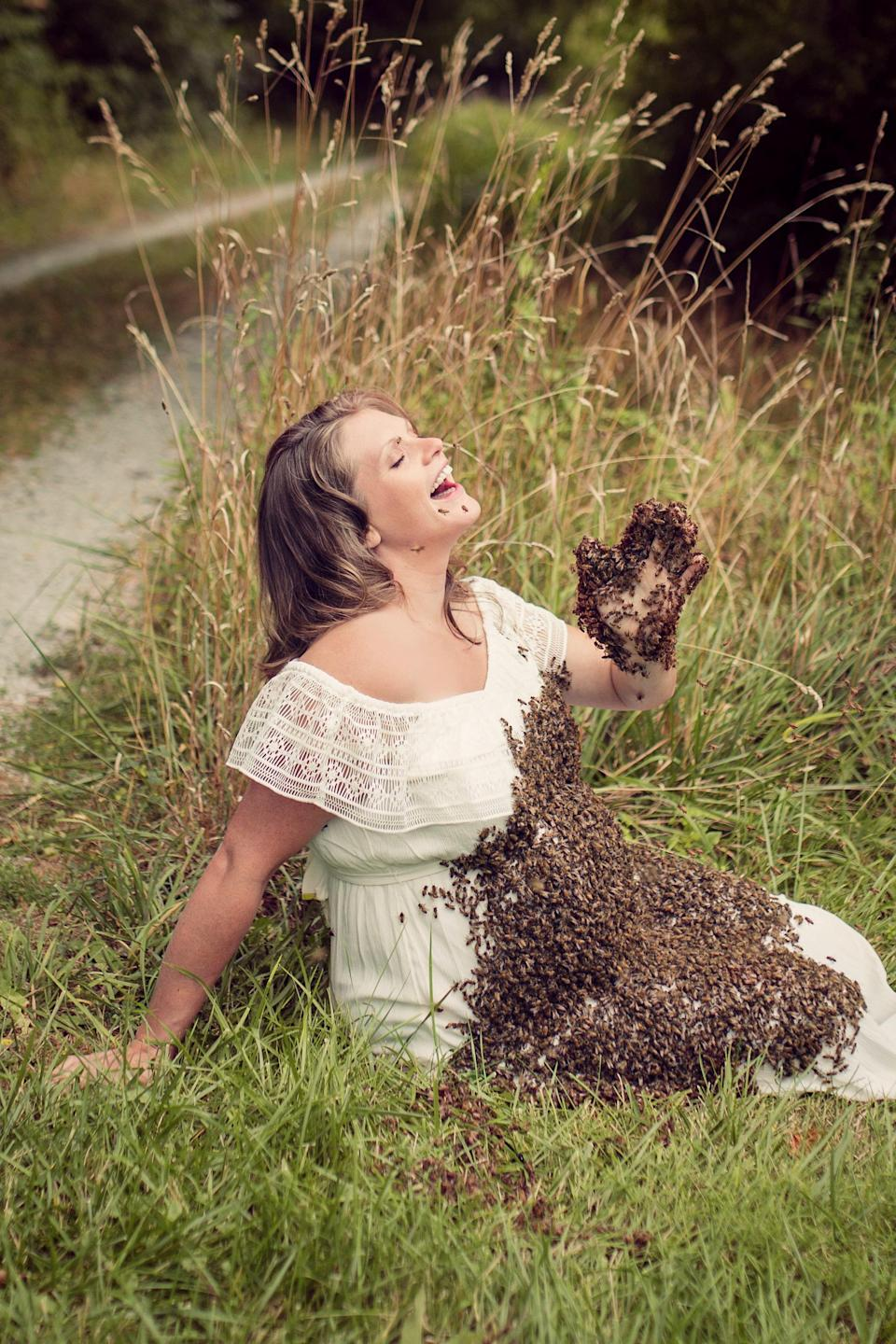 """<p>""""Then I shook the bees from the hive and they all flew straight to her.""""<br><em>[Photo: SWNS]</em> </p>"""