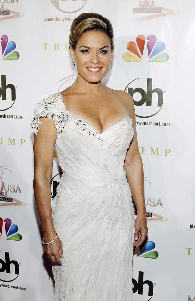 "<p class=""MsoNormal""><span style=""font-size:10.0pt;color:black;"">Anne Burrell isn't the only openly gay celebrity chef in this gallery! Iron Chef Cat Cora – who can currently be seen as co-host of Bravo's ""Around the World in 80 Plates"" – has been with her partner, Jennifer, for quite some time. News of her sexuality broke in the gossip realm a few years back when both she and Jennifer were pregnant at the same time. Three months after Jennifer gave birth to their third son Thatcher, Cat gave birth to their fourth little boy, Nash. The family of six currently resides in Santa Barbara, California.</span></p>"