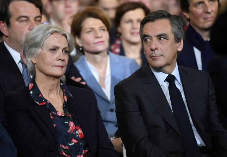 Francois Fillon and his wife Penelope during a campaign rally in Paris on January 29, 2017