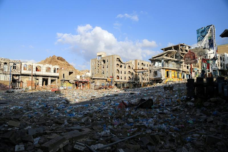 A general view taken on February 12, 2016, shows heavily damaged buildings in Yemen's third city Taez as a result of clashes between Shiite Huthi rebels and Yem loyalists