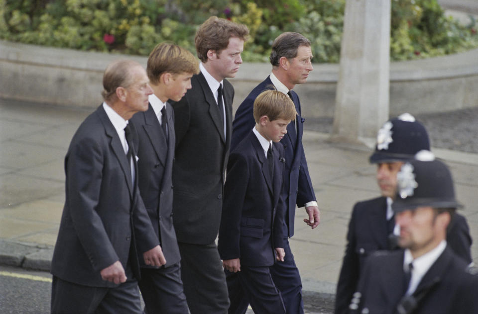 British Royals Prince Philip, Duke of Edinburgh, Prince William, Charles Spencer, 9th Earl Spencer, Prince Harry, and Prince Charles, Prince of Wales, attending the funeral service for Diana, Princess of Wales (1961-1997) at Westminster Abbey, London, England, 6th September 1997. (Photo by Princess Diana Archive/Hulton Archive/Getty Images)