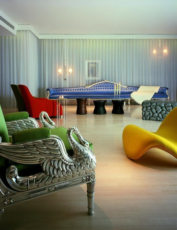"""<p><strong>The Skinny:</strong></p><p>For something super central, but a little less cosy living room and a little bit more 'white cube gallery' - it's worth investigating The Sanderson. </p><p>Stepping into the hotel's foyer is akin to visiting a contemporary art gallery, with one of modern interior pieces carefully positioned throughout the atrium.</p><p>The vibe is about as hip as it gets for Fitzrovia - it feels like a hotspot of an evening. You sacrifice a little of the warm friendliness for the trendy atmosphere, but it's worth it for the Sanderson experience. </p><p><a class=""""link rapid-noclick-resp"""" href=""""https://www.morganshotelgroup.com/originals/originals-sanderson-london/rooms-suites"""" rel=""""nofollow noopener"""" target=""""_blank"""" data-ylk=""""slk:BOOK NOW - Rooms from £274"""">BOOK NOW - Rooms from £274</a><br></p>"""