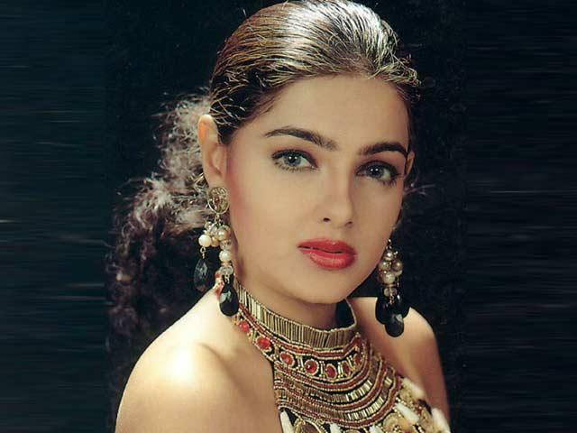 <p>There was a time when she briefly became active but a slew of police cases later, Mamta Kulkarni has again gone underground. </p>