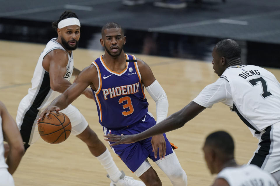 Phoenix Suns guard Chris Paul (3) led his team to an excellent record. (AP Photo/Eric Gay)