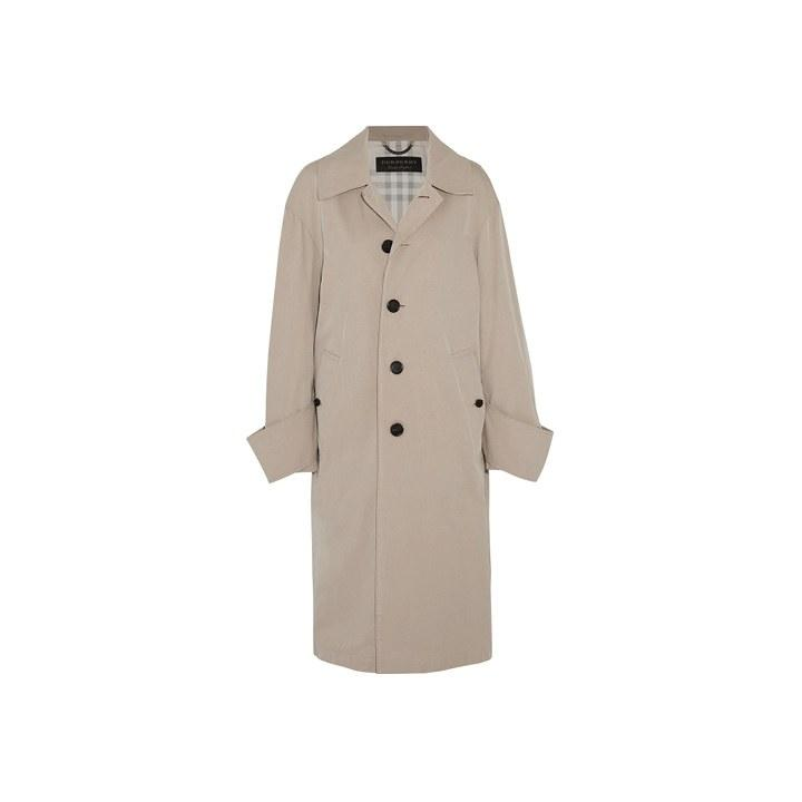 "<p>Burberry, $1795, <a rel=""nofollow"" href=""https://www.net-a-porter.com/us/en/product/869219/burberry/oversized-cotton-twill-coat?mbid=synd_yahoolife"">net-a-porter.com</a></p>"
