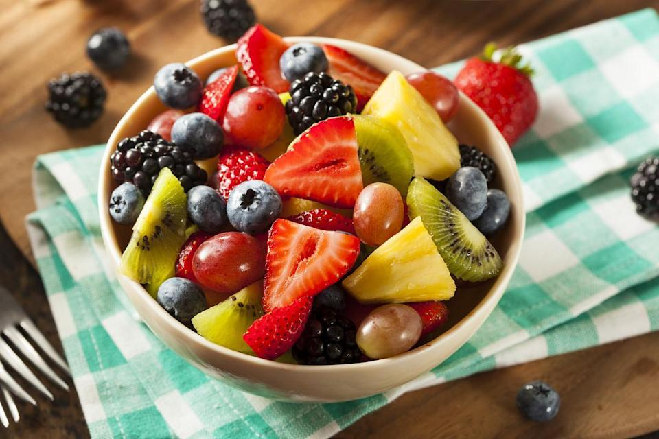 """<p>Fruit salad is a <a href=""""https://www.thedailymeal.com/easy-summer-salsa-and-dip-gallery?referrer=yahoo&category=beauty_food&include_utm=1&utm_medium=referral&utm_source=yahoo&utm_campaign=feed"""" rel=""""nofollow noopener"""" target=""""_blank"""" data-ylk=""""slk:classic summer side dish"""" class=""""link rapid-noclick-resp"""">classic summer side dish</a>, but no one will want any once it starts getting all mushy and brown. There's a quick trick to prevent this from happening though. Simply use a bit of citric acid from lemon or lime juice. Sprinkle it over the top and protect your rainbow-colored fruit bowl from going brown.</p>"""