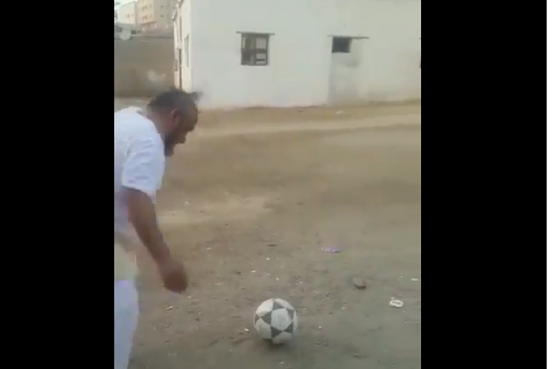 Move Over Messi, Virender Sehwag Has Found 'Messi Ka Chacha' on the Internet