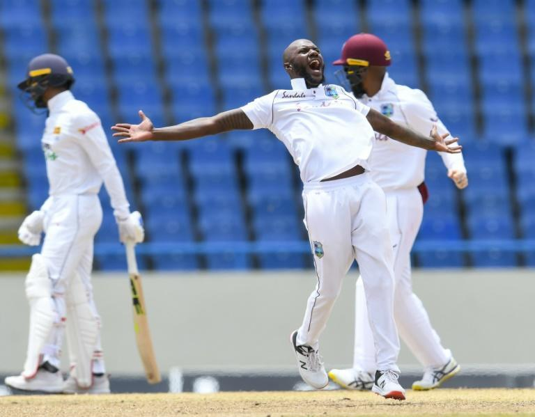 Jermaine Blackwood removed Dhananjaya de Silva just before the new ball was due