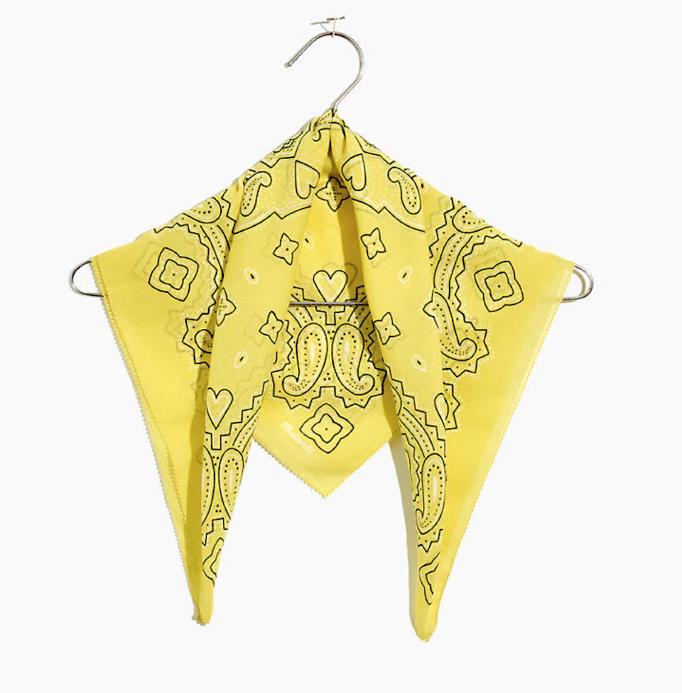 """<br><br><strong>Madewell</strong> Edge-Detail Bandana, $, available at <a href=""""https://go.skimresources.com/?id=30283X879131&url=https%3A%2F%2Ffave.co%2F2VagqbN"""" rel=""""nofollow noopener"""" target=""""_blank"""" data-ylk=""""slk:Madewell"""" class=""""link rapid-noclick-resp"""">Madewell</a>"""