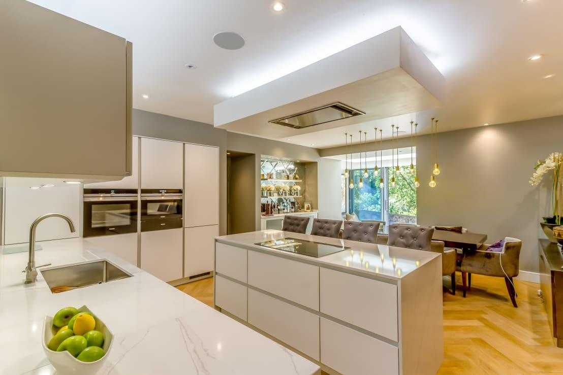 "<p>Designed in warm, earthy neutrals and enjoying an abundance of natural lighting – isn't this how all kitchens should look? This new culinary space is connected to the hall and the garden room and enjoys ample legroom – so much so, in fact, that an open-plan dining room was added in. </p><p>Whether it's an extension, a full-on renovation or just some spruce-ups at home, have a look at our list of <a rel=""nofollow"" href=""https://www.homify.co.uk/professionals"">professionals</a> who can help you out.</p>  Credits: homify / Capital A Architecture"