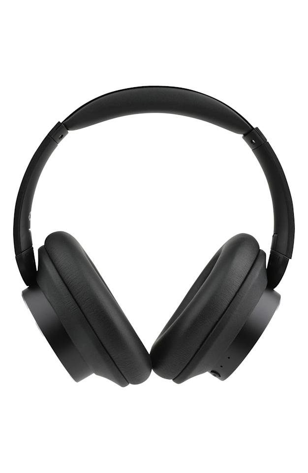 "<p>These <a href=""https://www.popsugar.com/buy/Altec-Lansing-ComfortQ-Active-Noise-Canceling-Wireless-Headphones-557061?p_name=Altec%20Lansing%20ComfortQ%2B%20Active%20Noise%20Canceling%20Wireless%20Headphones&retailer=shop.nordstrom.com&pid=557061&price=100&evar1=savvy%3Aus&evar9=47312333&evar98=https%3A%2F%2Fwww.popsugar.com%2Fphoto-gallery%2F47312333%2Fimage%2F47312336%2FAltec-Lansing-ComfortQ-Active-Noise-Canceling-Wireless-Headphones&list1=shopping%2Cgadgets%2Cheadphones&prop13=api&pdata=1"" rel=""nofollow"" data-shoppable-link=""1"" target=""_blank"" class=""ga-track"" data-ga-category=""Related"" data-ga-label=""https://shop.nordstrom.com/s/altec-lansing-comfortq-active-noise-canceling-wireless-headphones/5336220/full?origin=keywordsearch-personalizedsort&amp;breadcrumb=Home%2FAll%20Results&amp;color=black"" data-ga-action=""In-Line Links"">Altec Lansing ComfortQ+ Active Noise Canceling Wireless Headphones</a> ($100) will always be a favorite.</p>"