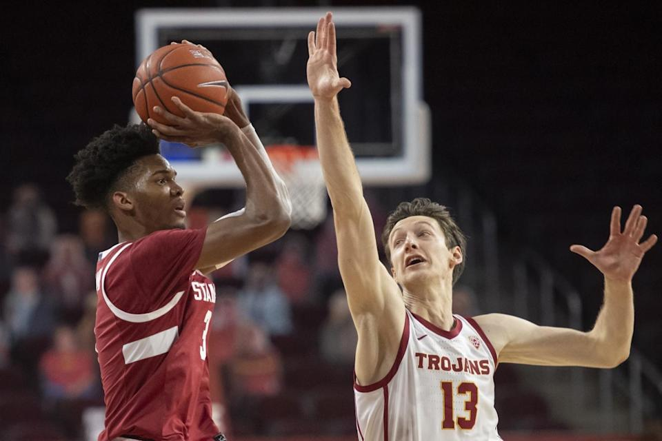 Stanford forward Ziaire Williams shoots while under pressure from USC guard Drew Peterson.