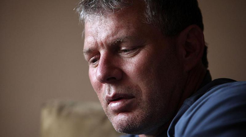 Former All-Star Lenny Dykstra Charged With Making Terroristic Threats to Uber Driver