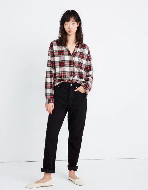 """<p><strong>Madewell</strong></p><p>madewell.com</p><p><strong>$39.99</strong></p><p><a href=""""https://go.redirectingat.com?id=74968X1596630&url=https%3A%2F%2Fwww.madewell.com%2Fflannel-shirt-jacket-in-tartan-plaid-AF641.html&sref=https%3A%2F%2Fwww.cosmopolitan.com%2Fstyle-beauty%2Ffashion%2Fg32678355%2Fflannel-outfits-how-to-wear%2F"""" rel=""""nofollow noopener"""" target=""""_blank"""" data-ylk=""""slk:Shop Now"""" class=""""link rapid-noclick-resp"""">Shop Now</a></p><p>A red-and-white flannel loosely tucked into boyfriend jeans with ballet flats is the only outfit I wanna wear come fall. </p>"""