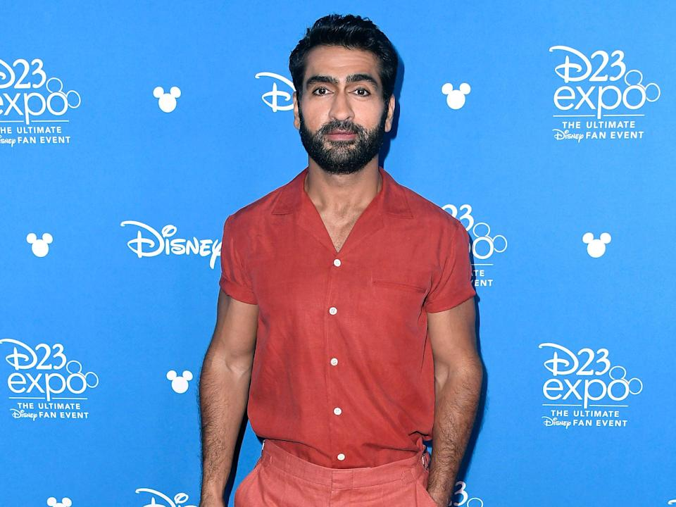 Kumail Nanjiani sparks conversation about body-shaming, racism, with Christmas photo (Getty Images)