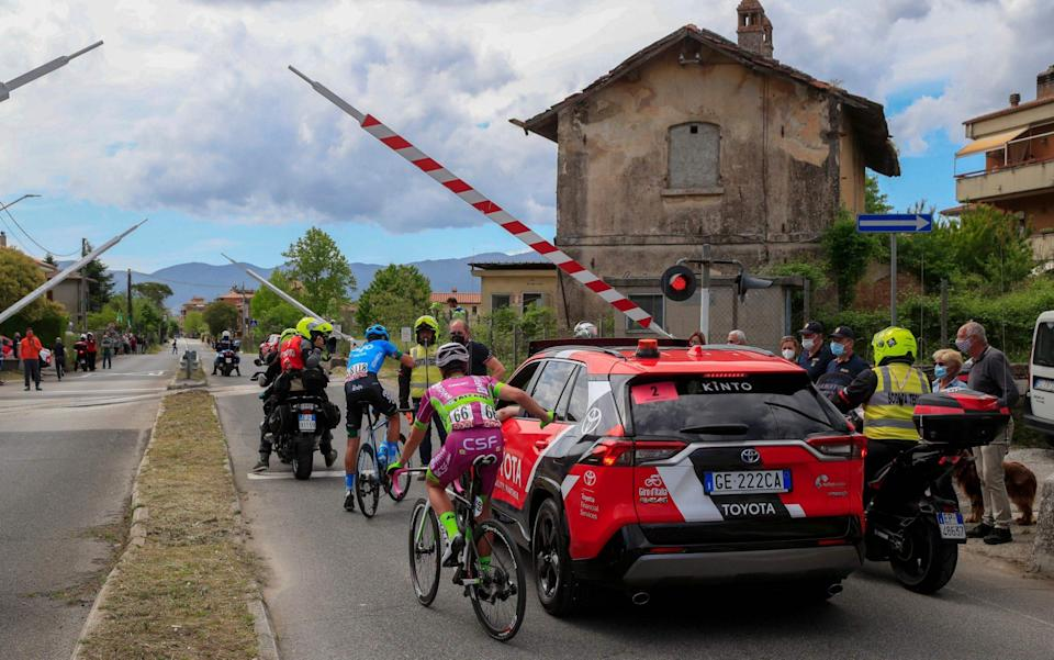 The breakaway is delayed at a train crossing - GETTY IMAGES
