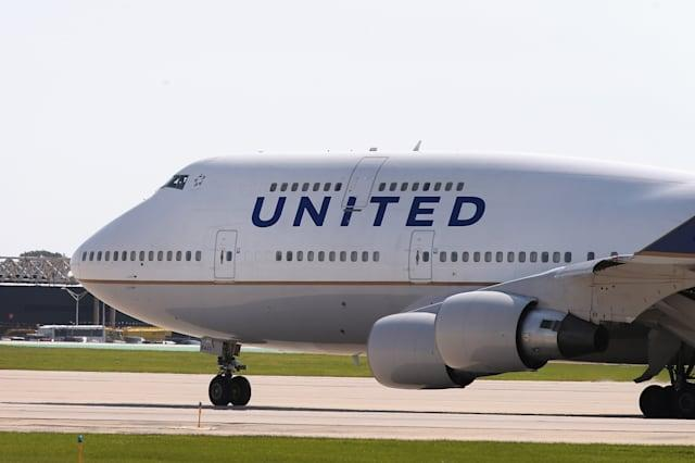 Woman sues United Airlines for $5 million as TV wasn't working