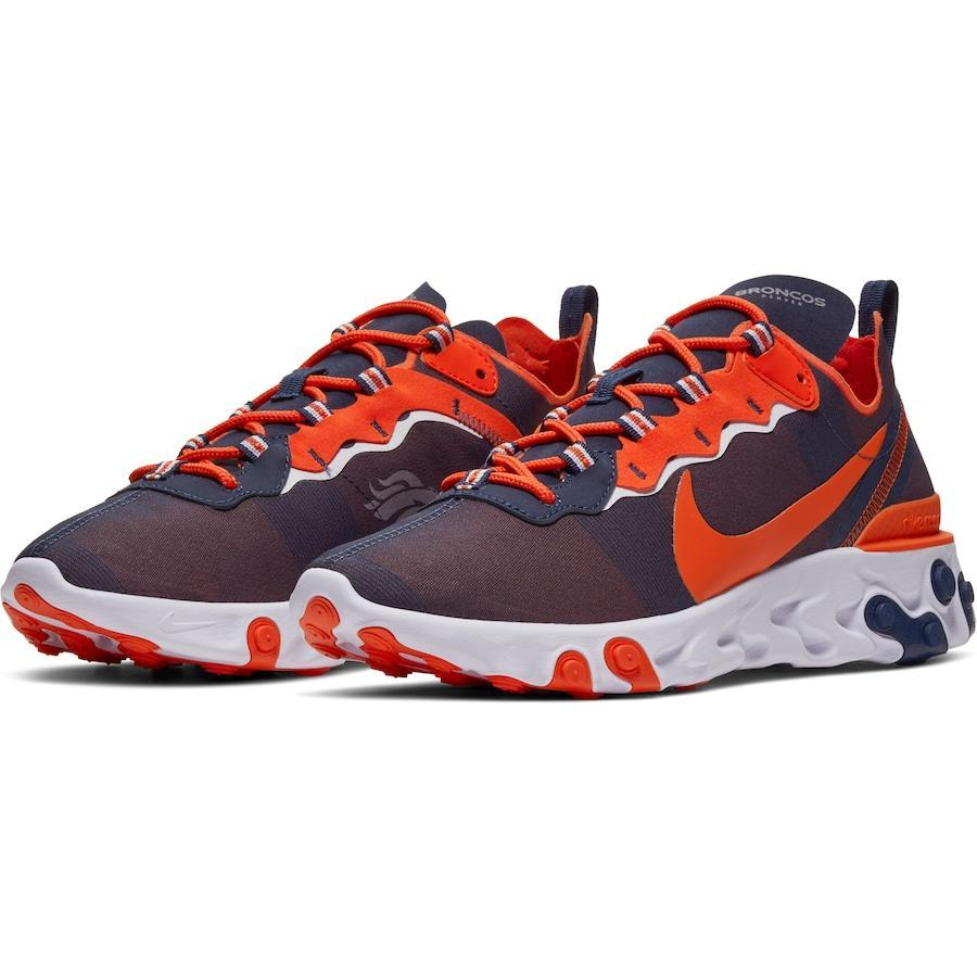 """<p><strong>Nike</strong></p><p>nflshop.com</p><p><strong>$139.99</strong></p><p><a href=""""https://go.redirectingat.com?id=74968X1596630&url=https%3A%2F%2Fwww.nflshop.com%2Fnew-york-giants%2Fmens-new-york-giants-nike-royal-react-element-55-shoes%2Ft-79492380%2Bp-696042847496%2Bz-8-2796241582&sref=https%3A%2F%2Fwww.seventeen.com%2Flife%2Ffriends-family%2Fg27570560%2Fgifts-for-dad%2F"""" rel=""""nofollow noopener"""" target=""""_blank"""" data-ylk=""""slk:Shop Now"""" class=""""link rapid-noclick-resp"""">Shop Now</a></p><p>Once you gift him these NFL sneakers, Dad can officially throw out his 10-year-old Giants T-shirt. Not from NY? <a href=""""https://go.redirectingat.com?id=74968X1596630&url=https%3A%2F%2Fwww.nflshop.com%2F%3Fquery%3DElement%2B55%2BShoes%26_ref%3Dp-PDP%253Am-SEARCH&sref=https%3A%2F%2Fwww.seventeen.com%2Flife%2Ffriends-family%2Fg27570560%2Fgifts-for-dad%2F"""" rel=""""nofollow noopener"""" target=""""_blank"""" data-ylk=""""slk:Shop other teams here"""" class=""""link rapid-noclick-resp"""">Shop other teams here</a>. </p>"""