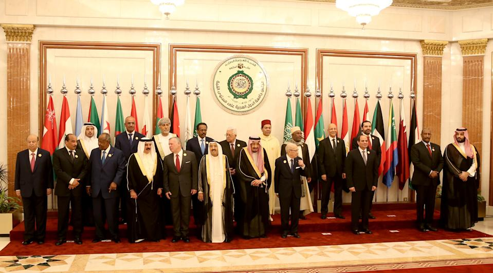FILE PHOTO: Arab League leaders are posing for a family picture ahead of the extraordinary Arab summit held at al-Safa Royal Palace in Mecca on May 31, 2019. (Photo: BANDAR ALDANDANI/AFP via Getty Images)