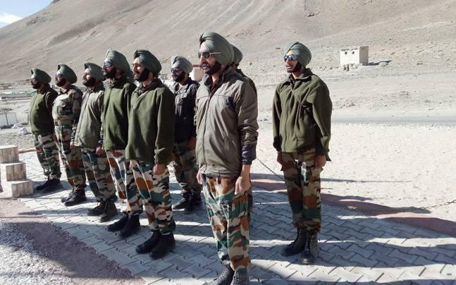 <p>After clashing with Chinese troops in Pangong Lake of Ladakh on August 15, security officers are holding military  exercises near Chang La Pass at 14,000 feet.</p>