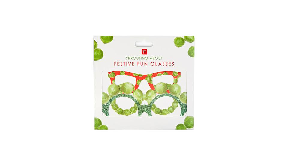 Talking Tables Sprouting About Christmas Paper Glasses