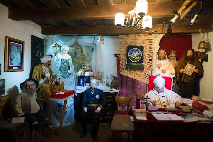 Bajzik has turned a room in his flat in Bratislava into a studio for crafting his wax models (AFP Photo/VLADIMIR SIMICEK)