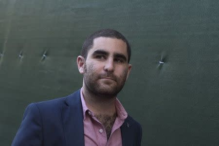Bitcoin promoter Shrem walks out of federal court in Lower Manhattan, New York