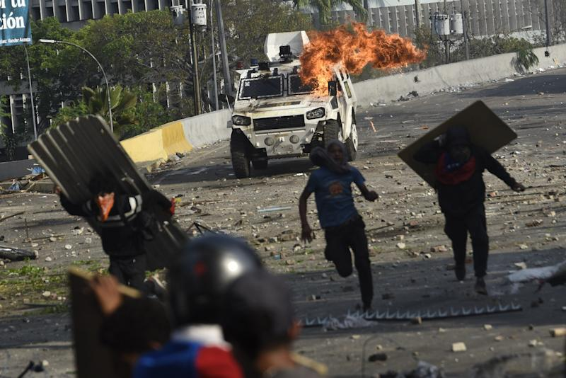 Diplomatic Push on Two Continents Seeks to End Venezuela Crisis