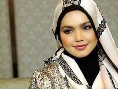 Siti Nurhaliza is believed to be pregnant