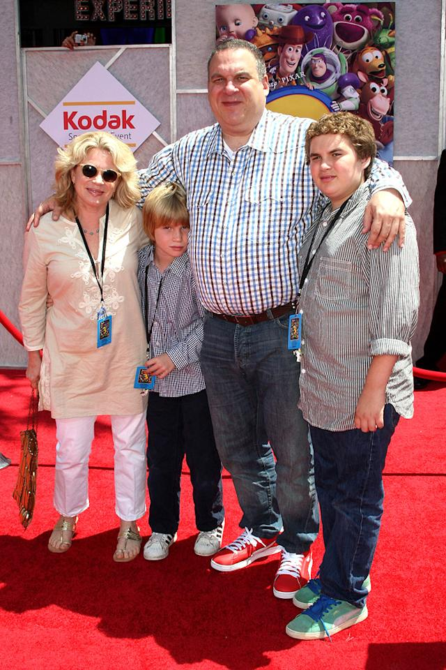 """<a href=""""http://movies.yahoo.com/movie/contributor/1800346445"""">Jeff Garlin</a> at the Los Angeles premiere of <a href=""""http://movies.yahoo.com/movie/1809266566/info"""">Toy Story 3</a> - 06/13/2010"""