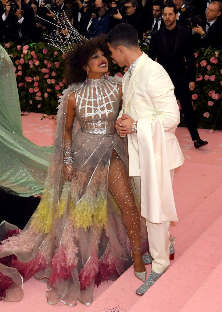 "<p>Years after meeting at the <a href=""https://www.elle.com/uk/fashion/celebrity-style/g27306140/met-gala-couples/"" rel=""nofollow noopener"" target=""_blank"" data-ylk=""slk:Met Gala"" class=""link rapid-noclick-resp"">Met Gala</a>, the couple still can't take their eyes or smiles off each other while posing on the pink carpet.</p>"