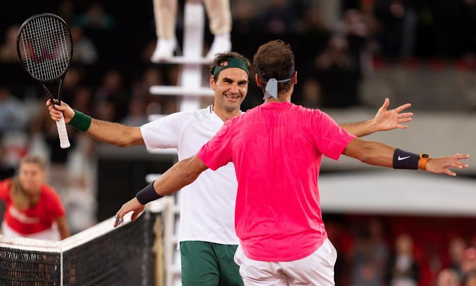 Roger Federer embraces Rafael Nadal after the Match in Africa in Cape Town in February 2020