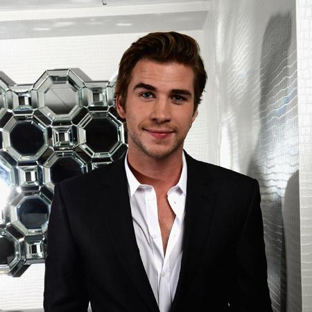 Liam Hemsworth: I was awkward