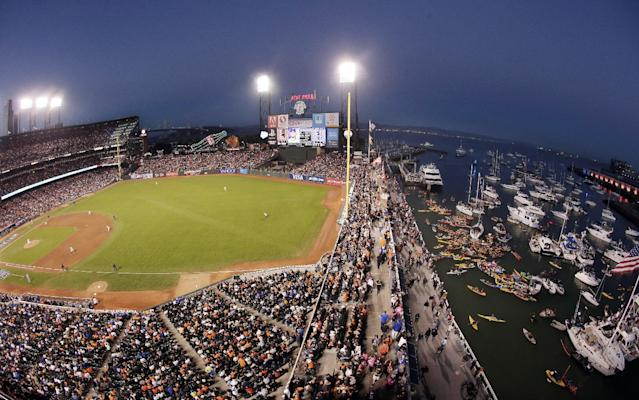 San Francisco Giants' Madison Bumgarner pitches during the fith inning of Game 5 of baseball's World Series against the Kansas City Royals on Sunday, Oct. 26, 2014, in San Francisco. (AP Photo/Marcio Jose Sanchez)