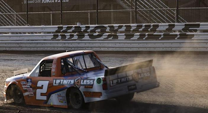 Knoxville Camping World Truck Series qualifying heat race lineups