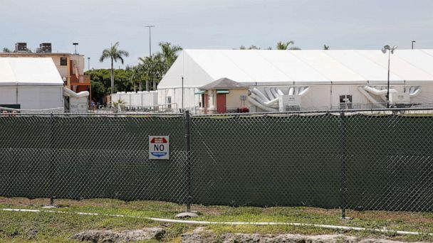 PHOTO: Buildings and air conditioned tents are shown in the Homestead Temporary Shelter For Unaccompanied Children on June 19, 2018, in Homestead, Fla. (Joe Skipper/Getty Images, FILE)